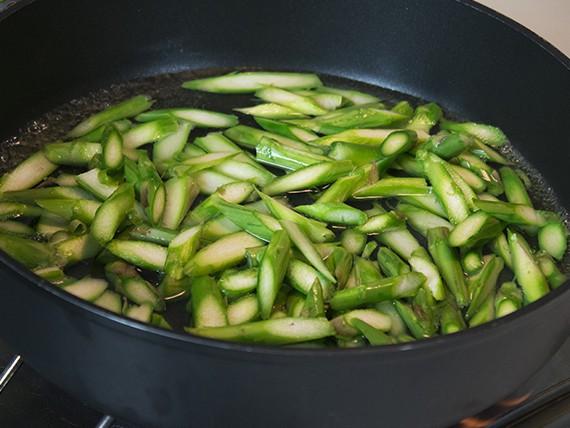 Cuoci gli asparagi