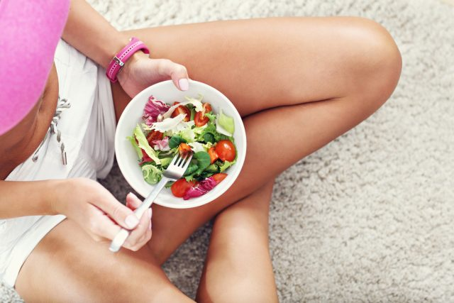 meglio mangiare prima o dopo lo sport?