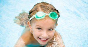 Bimbi in piscina: come prevenire il contagio da verruche