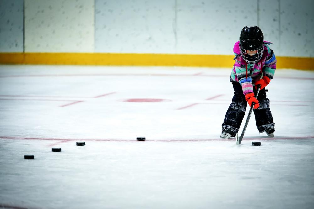 Hockey su ghiaccio: benefici per i bambini
