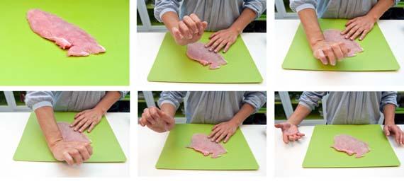 come battere il pollo con la mano