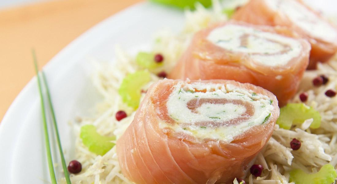 Rotolini di salmone e ricotta