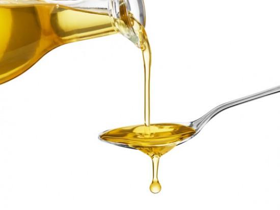 olio d'oliva La dieta per capelli e unghie sani