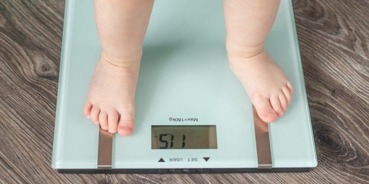 bambino sovrappeso circonferenza addominale