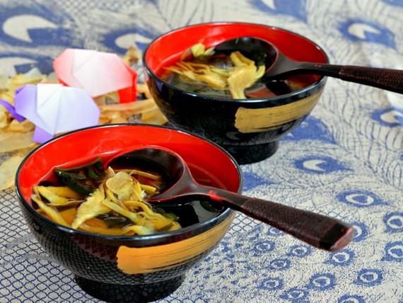 scopri le quattro ricette che Melarossa ti offre se hai voglia di sushi