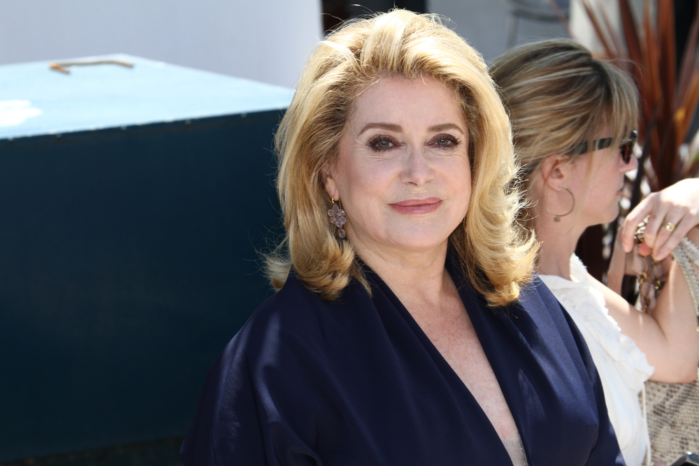 belle over 60 catherine deneuve