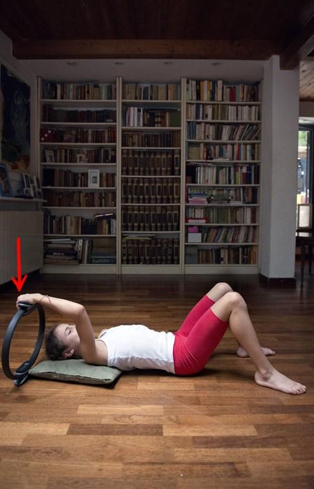 scopri le varie tappe di esercizi del ring pilates