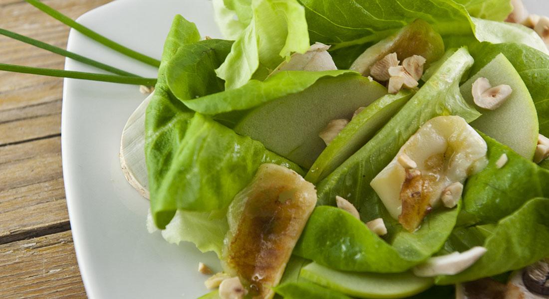 Ricetta dell'insalata di champignon e mela verde