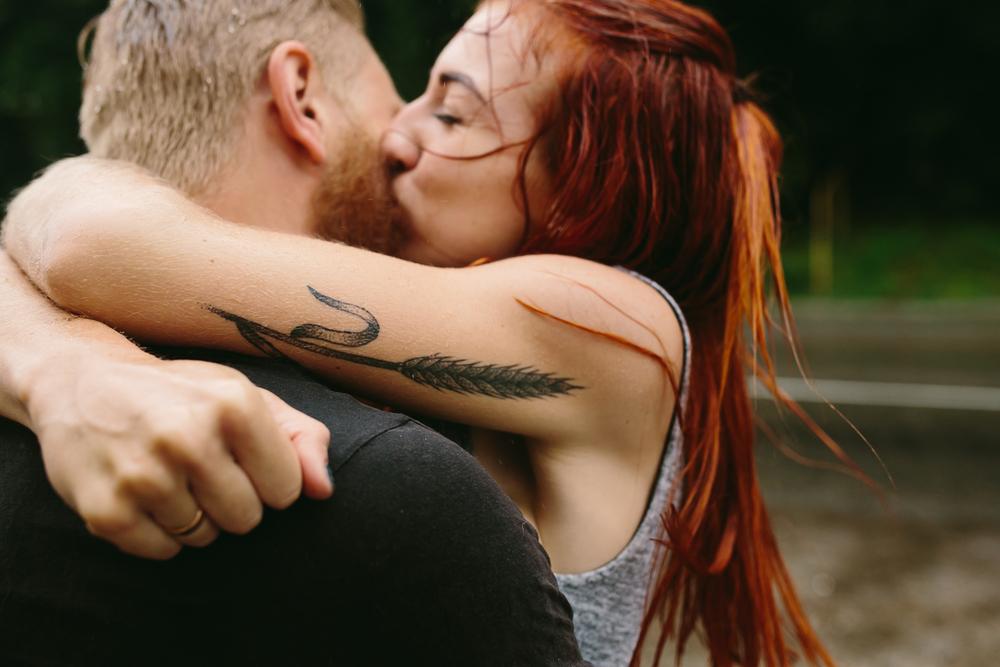 baciare mantiene buoni rapporti di coppia