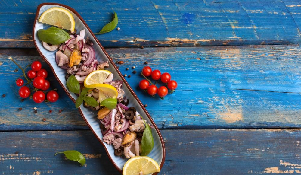 come preparare un'insalata di polpo con la pentola a pressione?