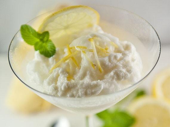 sorbetto al limone, dolce estivo