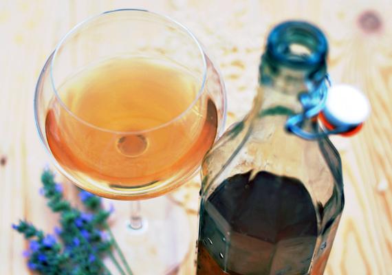 Tè freddo: 4 ricette per prepararlo in casa. tè verde lavanda e riso soffiato