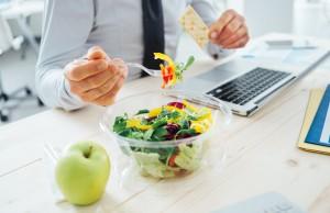 consigli per mangiare sano in ufficio