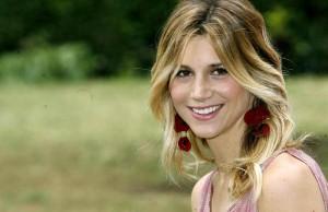 Nicoletta Romanoff campagna tumore al seno 2014