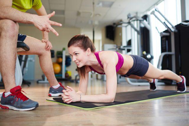 plank, 30 giorni di sfida per una pancia piatta