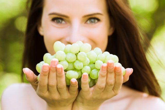 Uva, benefici per la pelle