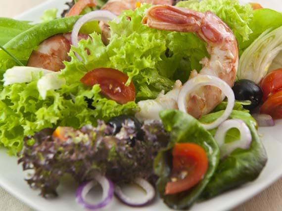 Un'estate a tutto pesce! insalata di camberi alla catalana