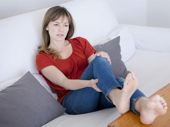 massaggio rimedio per gambe pesanti