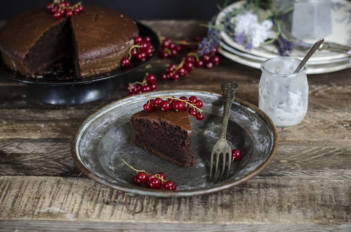 Torta light con cacao e yogurt