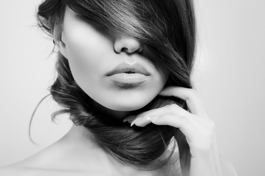 i consigli per disciplinare i capelli elettrizzati