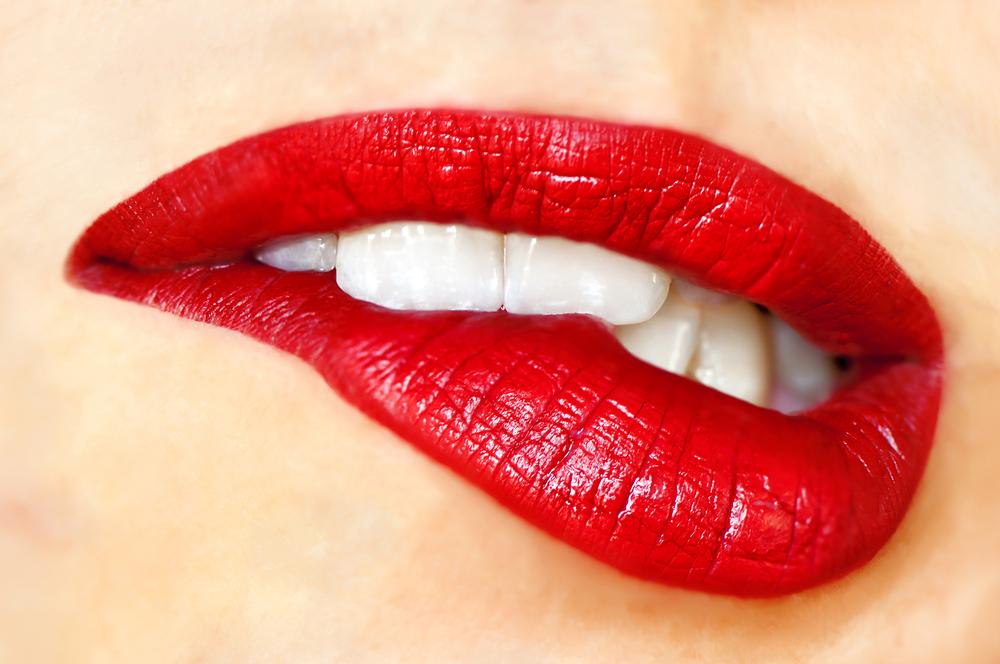 ringiovanire truccando labbra
