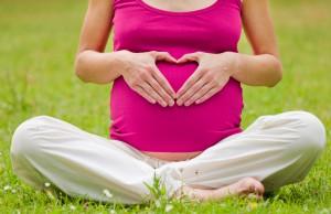 posizioni yoga in gravidanza