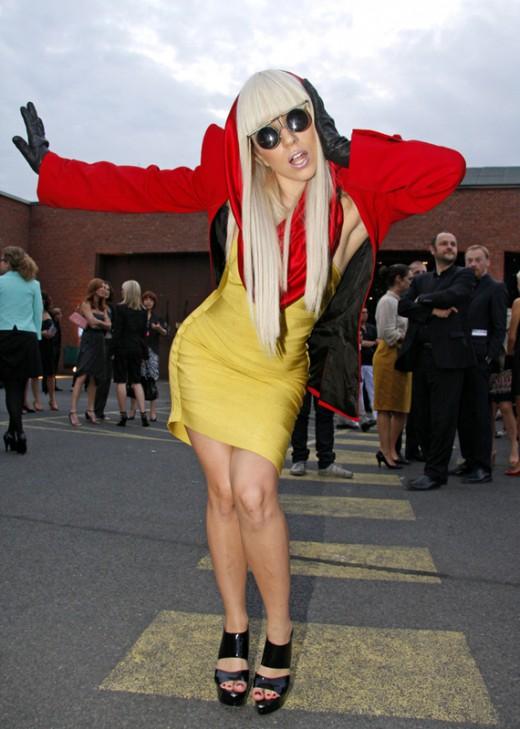 Lady Gaga fitness corpo snello ma tonico