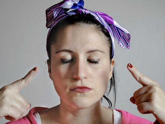 Olio di fegato del merluzzo ad applicazione per maschere sulla persona