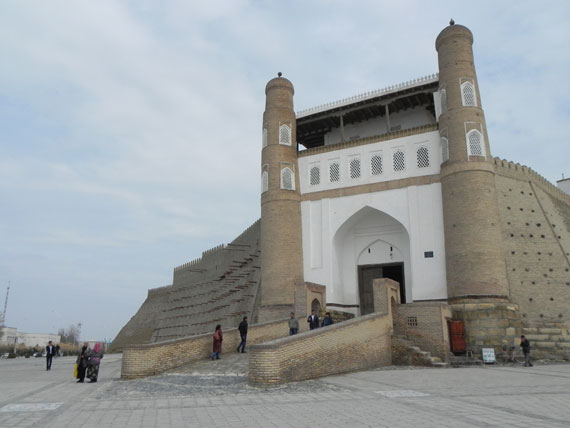 scopri i cibi e i posti più buoni e belli dell'uzbekistan