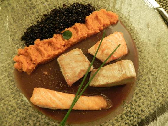 guarda i posti e i piatti prelibati di Marsilia