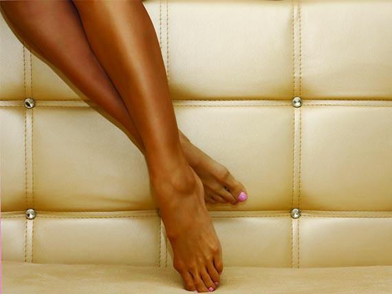 gambe snelle con l'abbronzatura
