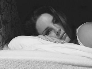 non fare finta di dormire quando scatti un selfie