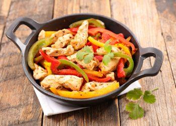 coniglio ai peperoni: ricetta light