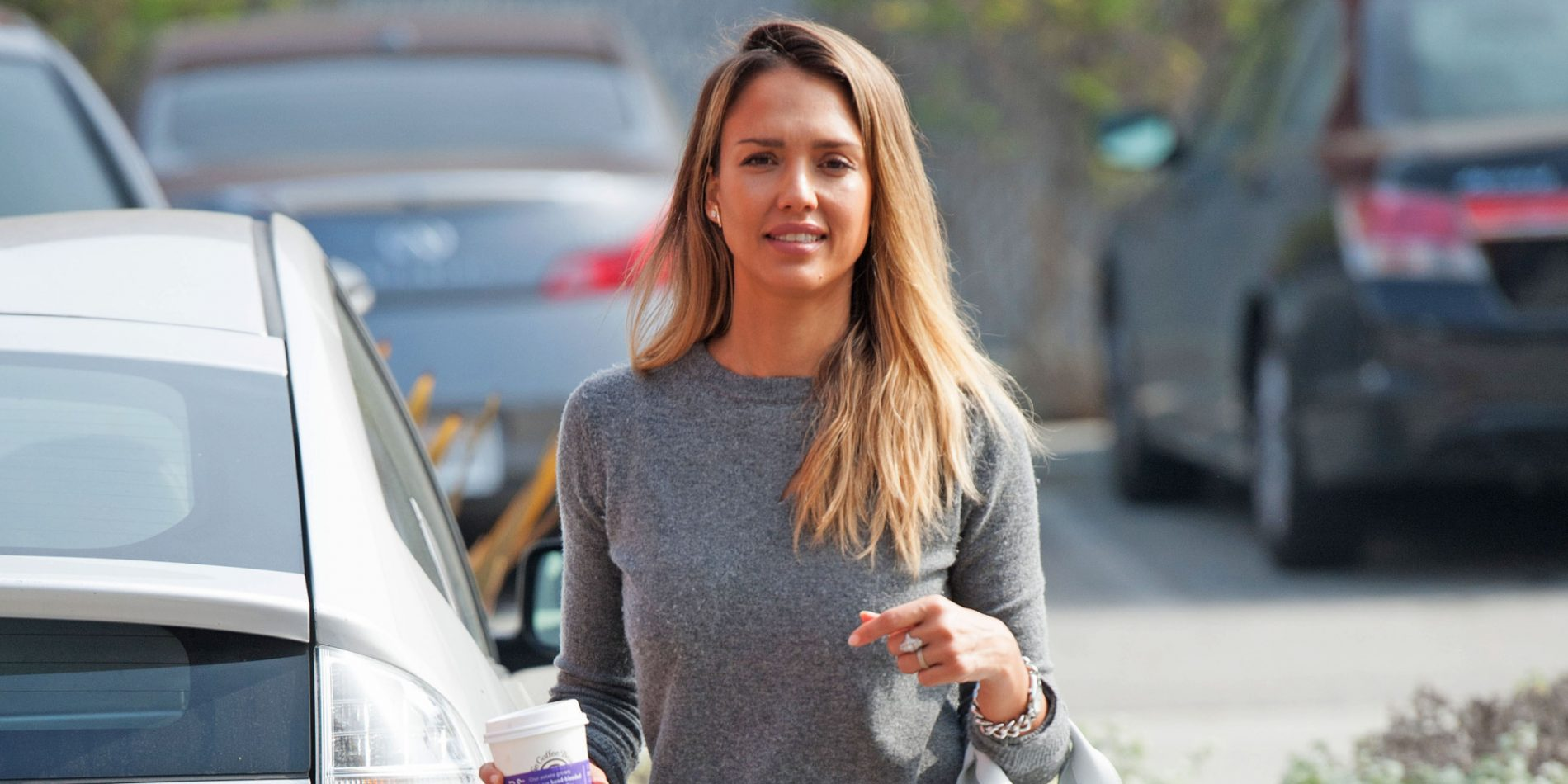 copia il look di Jessica Alba
