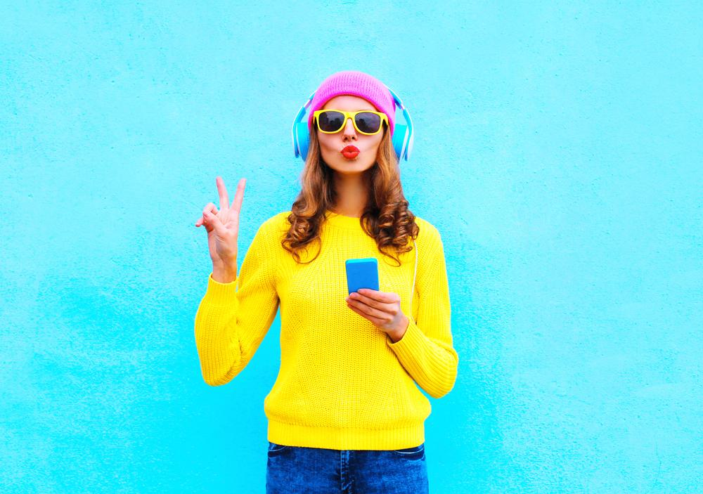 cromoterapia: i colori da indossare questo inverno per essere felice