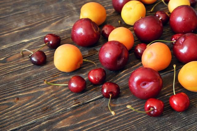 impara a riconoscere le prugne e ciliegie più succose