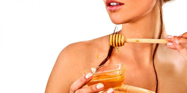 come fare una maschera al viso al miele