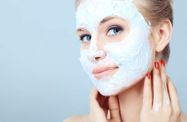 maschere per schiarire la pelle da fare in casa