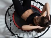 rebounding o tappetto elastico per tonificarti e divertirsi