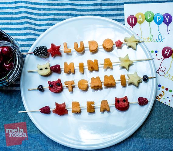 Come fare gli spiedini di frutta