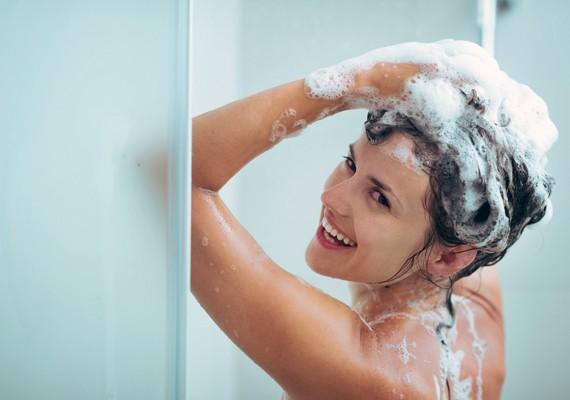 tonificare addominali mentre fai la doccia