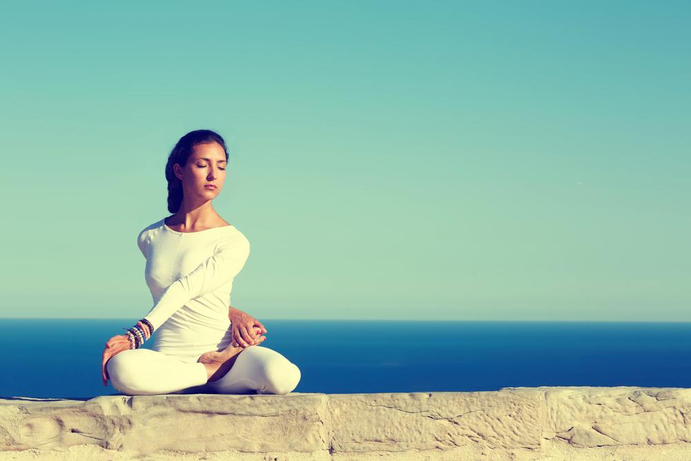 yoga-per-combattere-invecchiamento