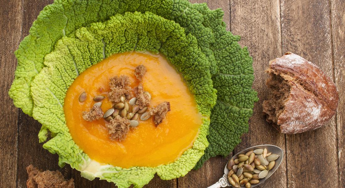 la ricetta della zuppa di verza e zucca gialla