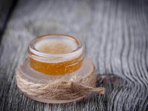 burro di cacao al miele fai da te