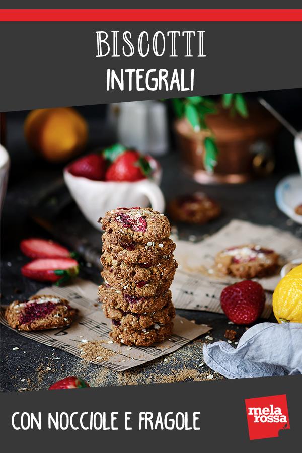 biscotti integrale con nocciole e fragole