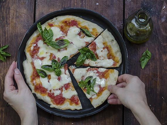 come preparare la pizza a casa, ricette