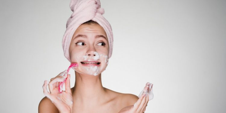 ceretta e depilazione adolescenti: quando iniziare