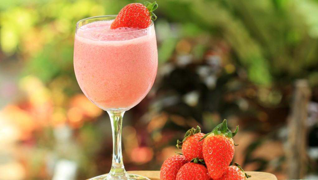 ricetta smoothie di fragole pompelmo menta