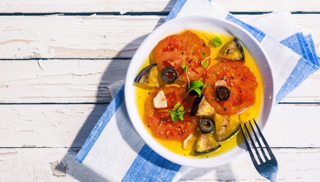ricetta insalata con melanzane e pomodori