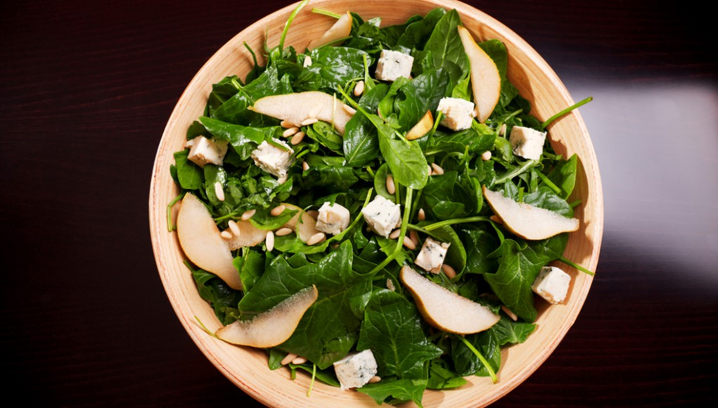 ricetta insalata di spinaci e pera